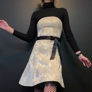 Gunne sax vintage prom dress with black crinoline